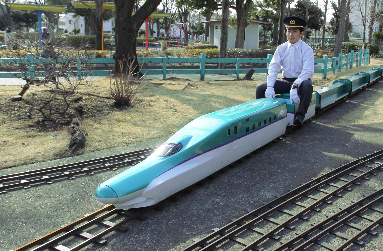 ミニ新幹線H5系はやぶさ